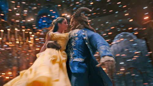 la-et-mn-beauty-and-the-beast-review-20170316.jpg