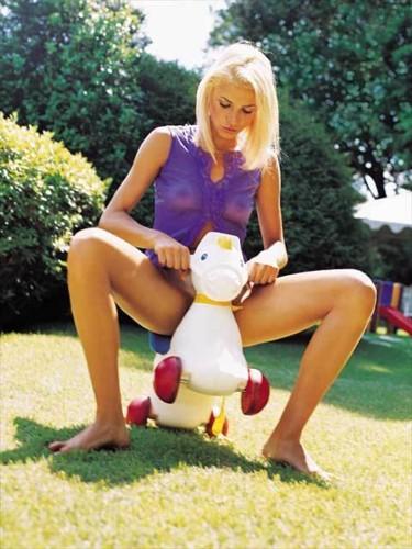 Vanessa Menga 12.jpg