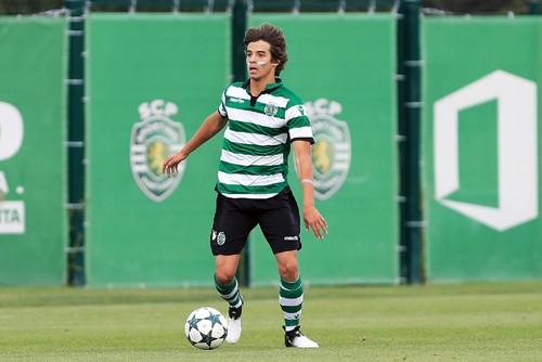 Daniel Bragança.jpg