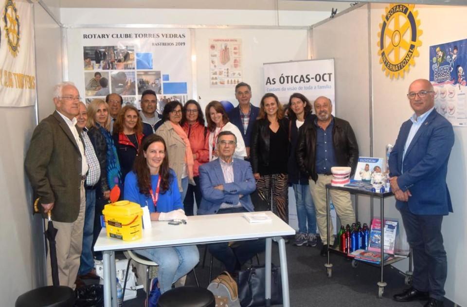 Stand Rotary na Feira (1).jpg