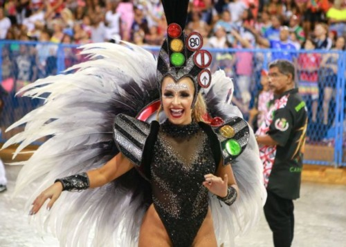 Carla Diaz (Carnaval Rio 2019).jpg