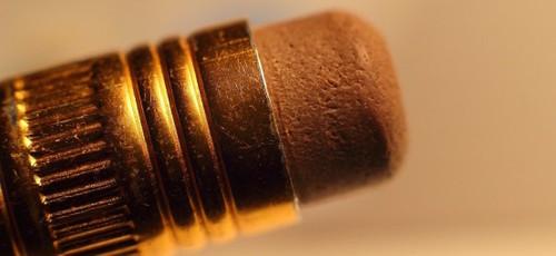 eraser-507018_1280x590-554x255.jpg