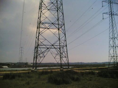 Postes da EDP sobre o Rio Mondego