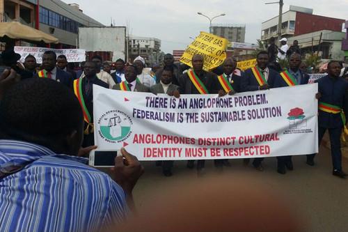 protestos regiões anglófonas dos Camarões.jpg
