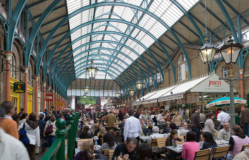 1024px-Covent_Garden_Interior_May_2006.jpg
