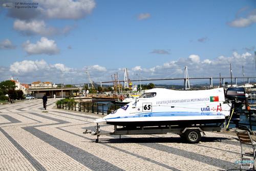 GP Motonautica (001) - Doca com vista para a ponte