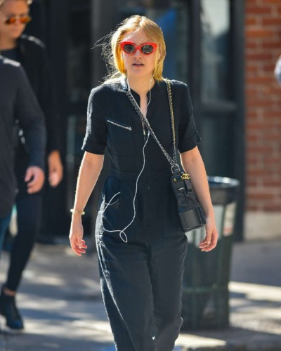 Dakota-Fanning -Out-in-NYC--04.jpg