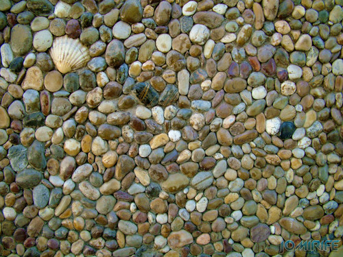 Texturas - Parede de pedras da praia [en] Textures - Wall covered with beach stones