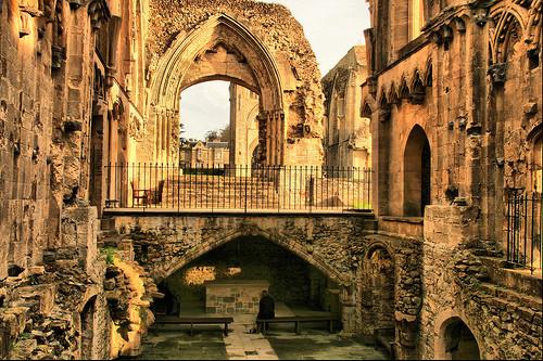 glastonbury-abbey.jpg