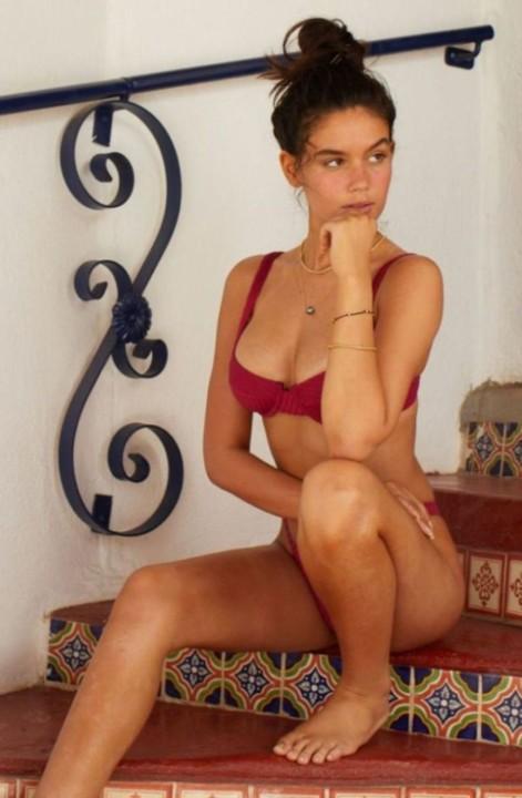 Anne de Paula (Top Model).jpg