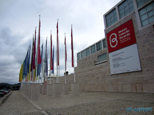 CCB Centro Cultural de Belém (3) Bandeiras [en] Libson - Belem Cultural Center - Flags