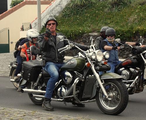 Um dos motards que esteve na Terceira...