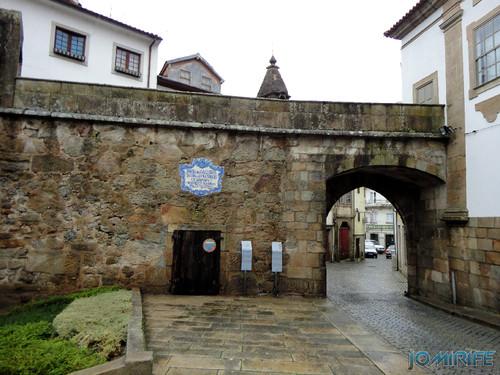 Viseu (14) Porta dos Cavaleiros - Trecho da Antiga Muralha [en] Viseu - Port of the Knights