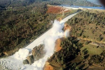 13217-oroville-dam-724a-rs_4a8b5ba9690488f11410f15