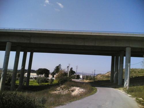 Viaduto A17 em Casais das Camarinheiras