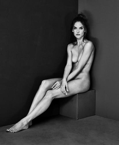 Alessandra Ambrósio 26 (nua)