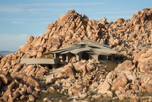 kellogg-desert-house-gerber-designboom-01.jpg