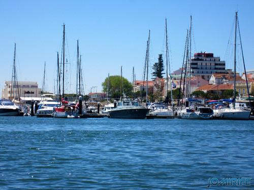 Barcos na Marina da Figueira da Foz [en] Boats in Marina Figueira da Foz