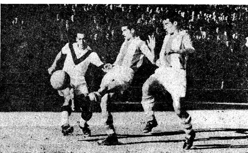 1954-55-guimaraes-fcb-juanin remata.png