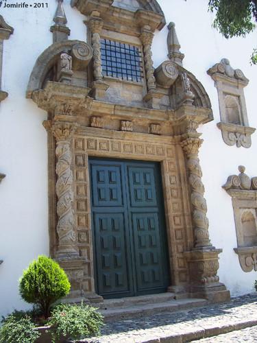Castelo Bragança: Igreja de Santa Maria - Porta