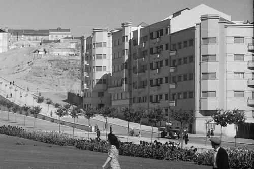 Alameda de Dom Afonso Henriques, Lisboa (M. Novais, c. 1948)