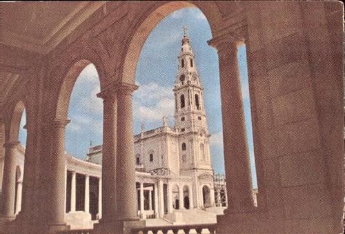 postal_fatima_marca_dia_19560828_basilica_selo_cav