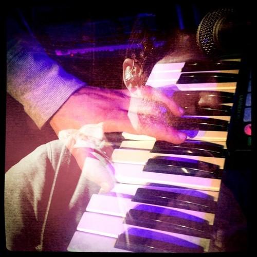 Fingertips - 2 - Rui