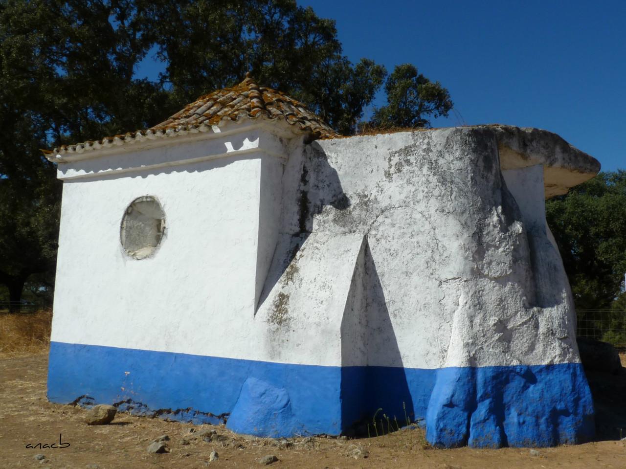 Anta-capela de São Brissos 2.jpg