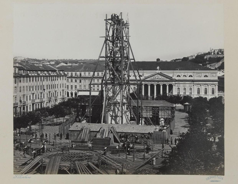 Construção da estátua de D. Pedro IV, 1870,  fo