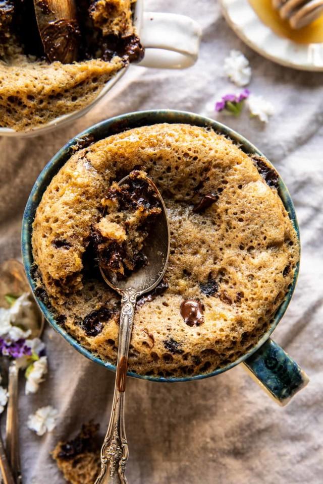 5-Minute-Chocolate-Chunk-Banana-Bread-Mug-Cake-1.j