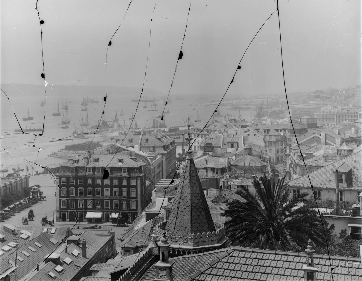 Panorâmica do cais do Sodré, post a 1895.jpg