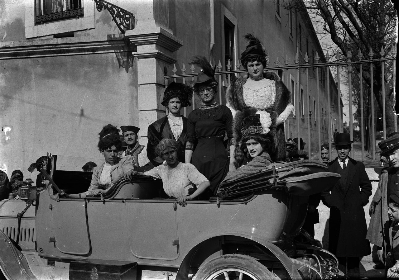 Alunos da Escola Politécnica no Carnaval, 1912, f
