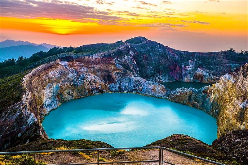 Kelimutu_EastNusaTenggara_Indonesia-9fa20404b57b.j
