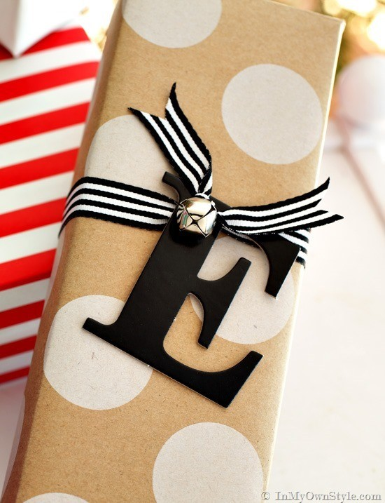 Letter-and-number-gift-tags-30-cute-ways-to-wrap-C