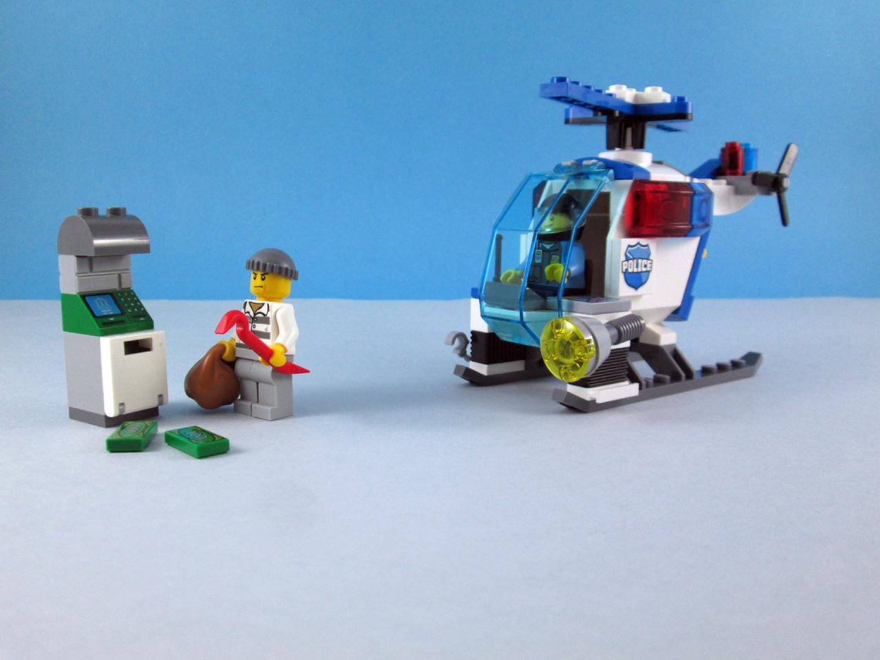 Feitos De Lego 10720 Juniors Police Helicopter Chase 2