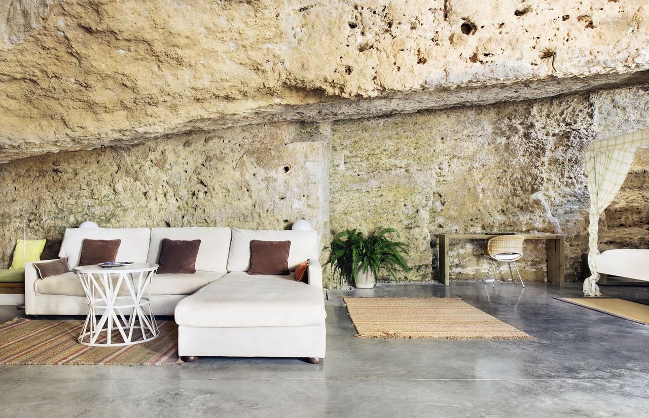 Cave13.jpg