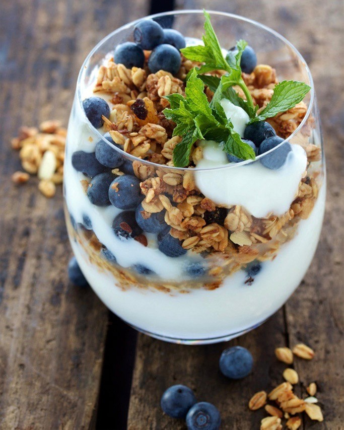 Berry-Granola-Breakfast3 (1).jpg