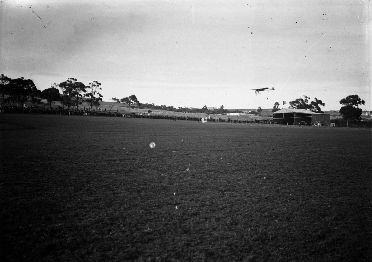 Experiências aeronáuticas, em Belém, ant. 1908,