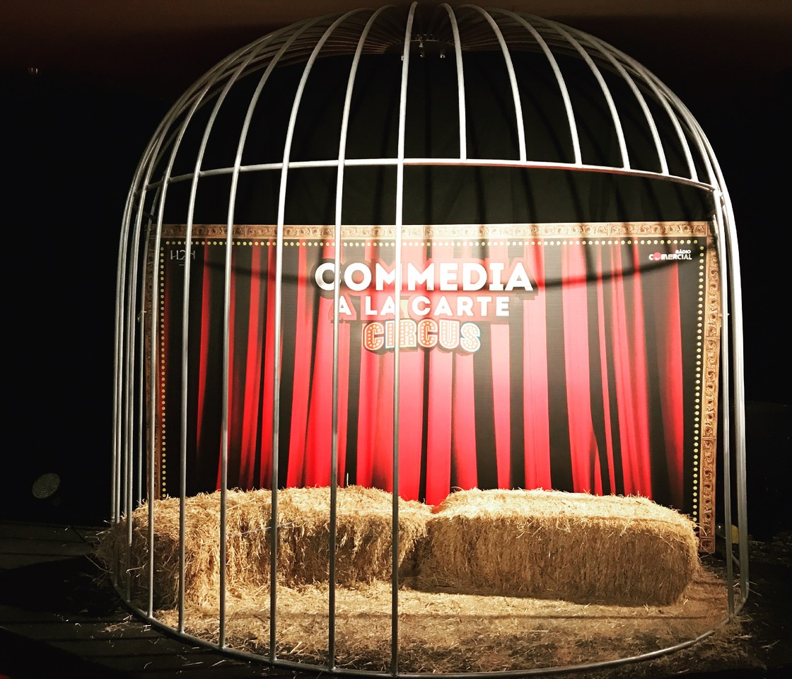 Teatro   Commedia a La Carte - circus