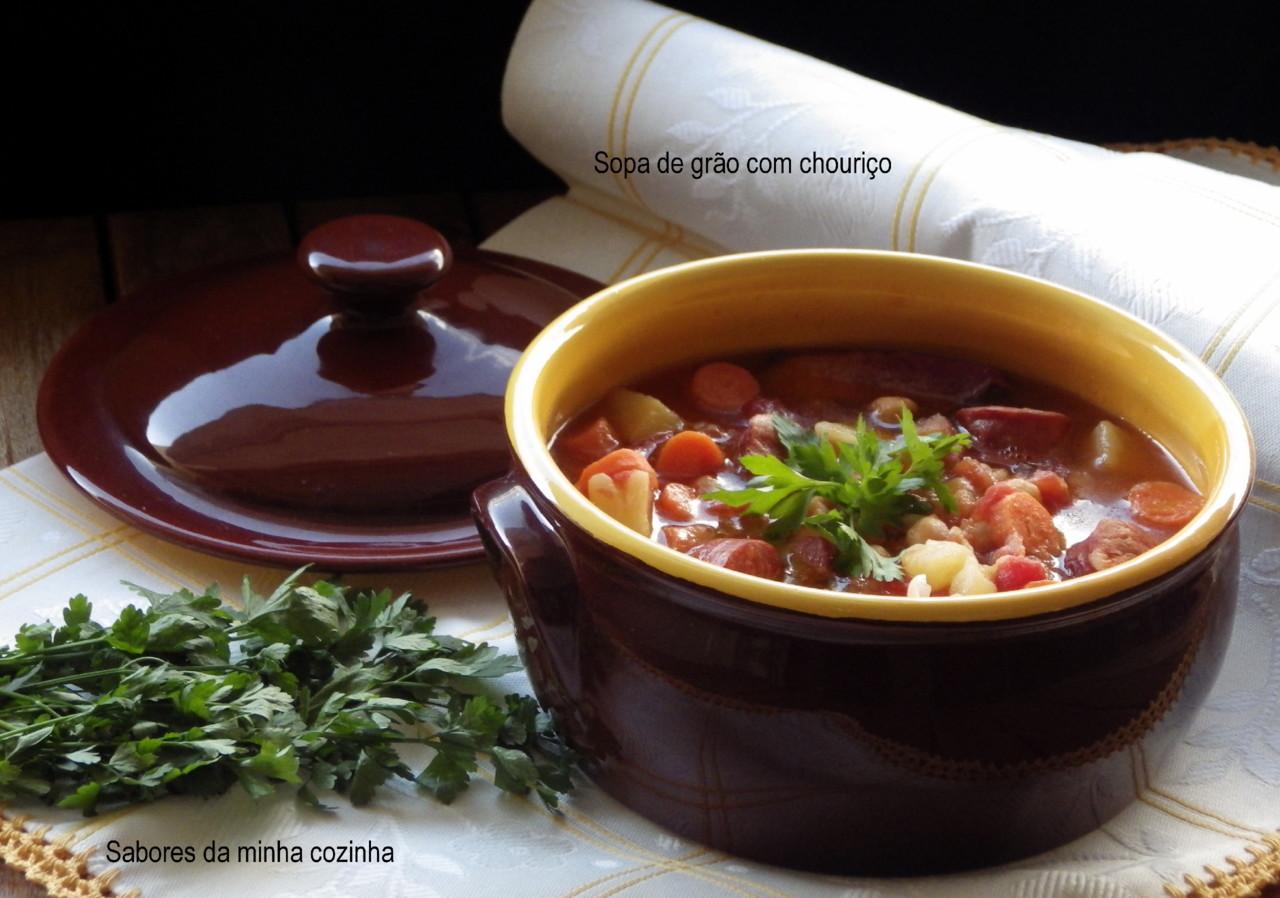 IMGP8372-Sopa de grão com chouriço-Blog.JPG