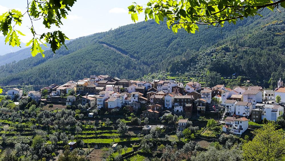 Serra-da-Estrela-Aldeia-Cabeça.jpg