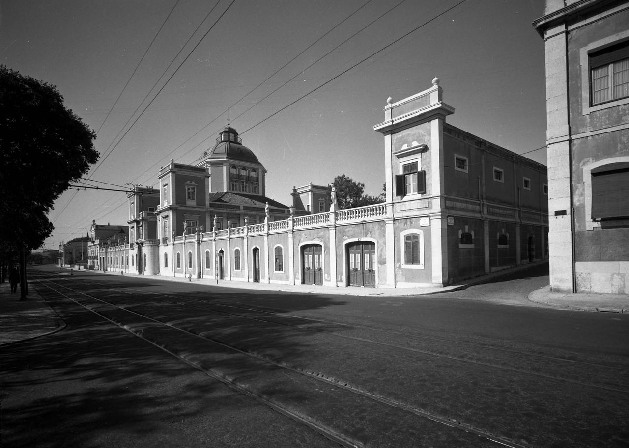 Palácio Burnay, 1966, foto de Armando Serôdio.jp