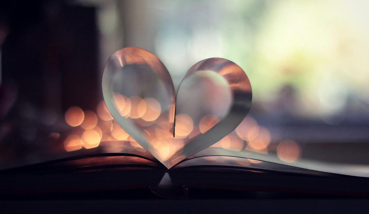 book-page-heart-bokeh.jpg