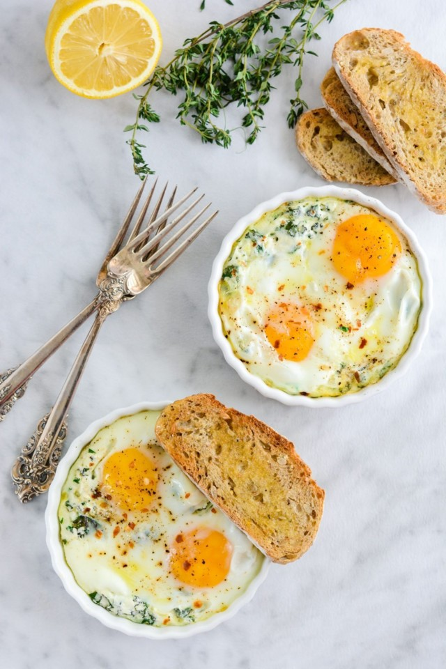 Baked-Egg-with-Ricotta-Thyme-Parsley-2.jpg