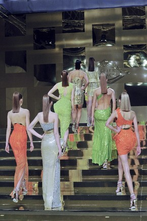 Verão 2012: Donatella Versace