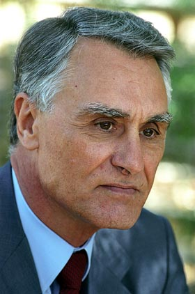 Cavaco Silva reencaminhado em Belém por mais cinco anos...
