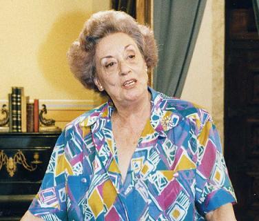 Morreu a Dona Ifigénia, da Vila Faia... Paz ao seu talento.